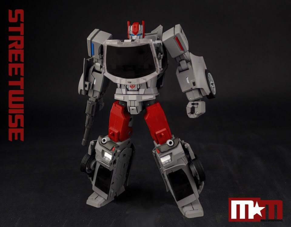 [Generation Toy] Produit Tiers - Jouet GT-08 Guardian - aka Defensor/Defenso - Page 2 UkJ4cznZ_o