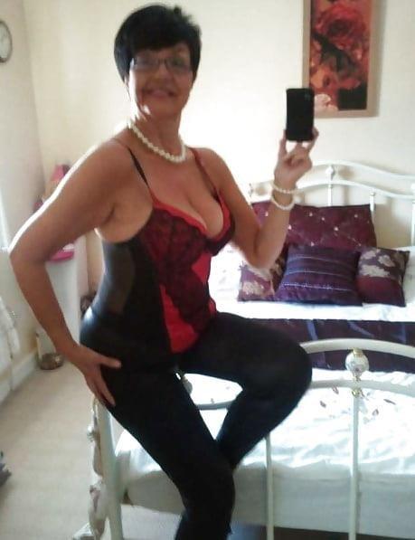 Granny big boob pic-9844