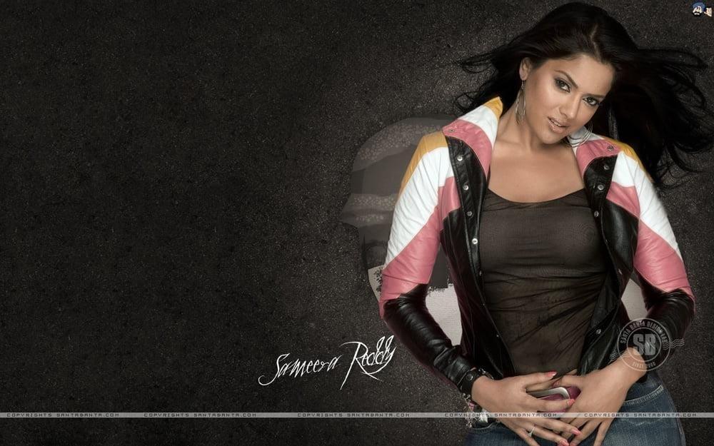 Sameera reddy sexy photos-9964