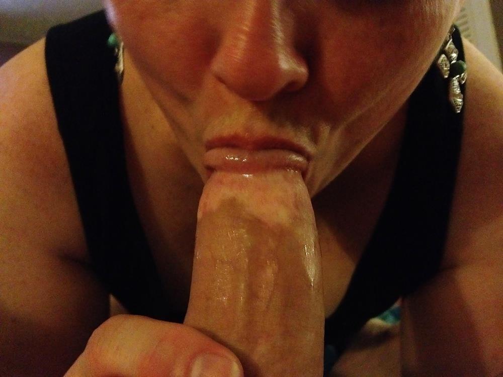 Sexy sucking photo-9576