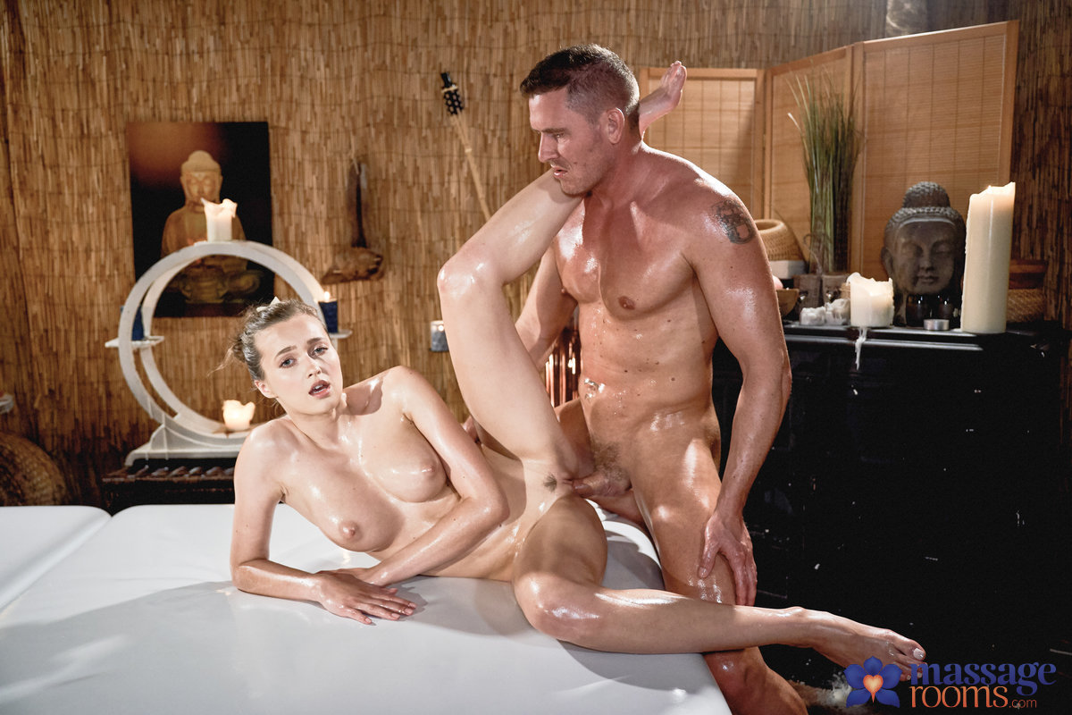 Stacy Cruz, Marc Rose – Wonder Tits Teen Oil Body Massage – Massage Rooms – Sexy Hub