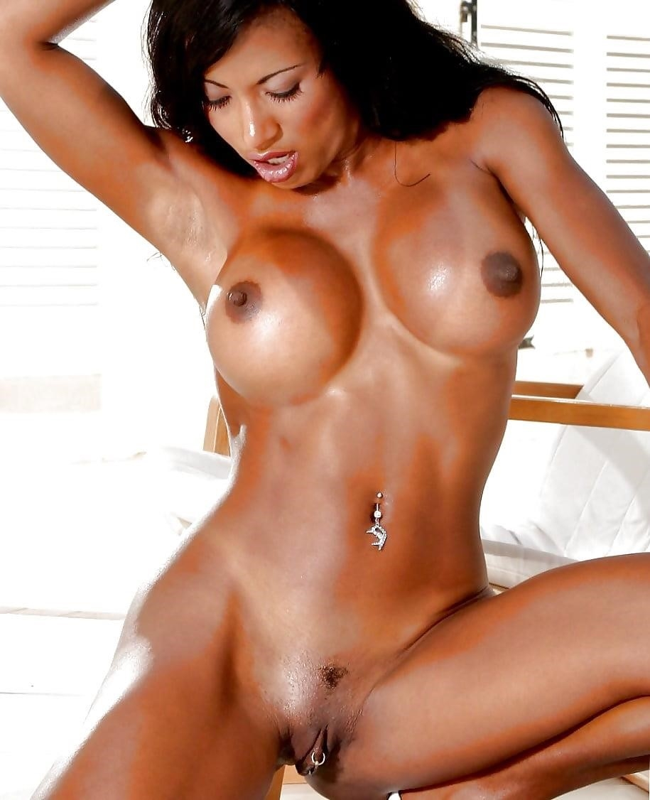 Women with erect nipples-2421