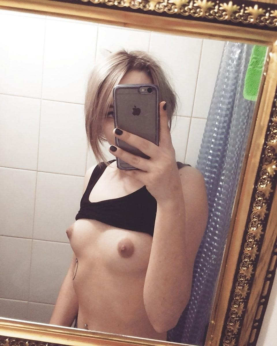 Selfie pic nude-7377