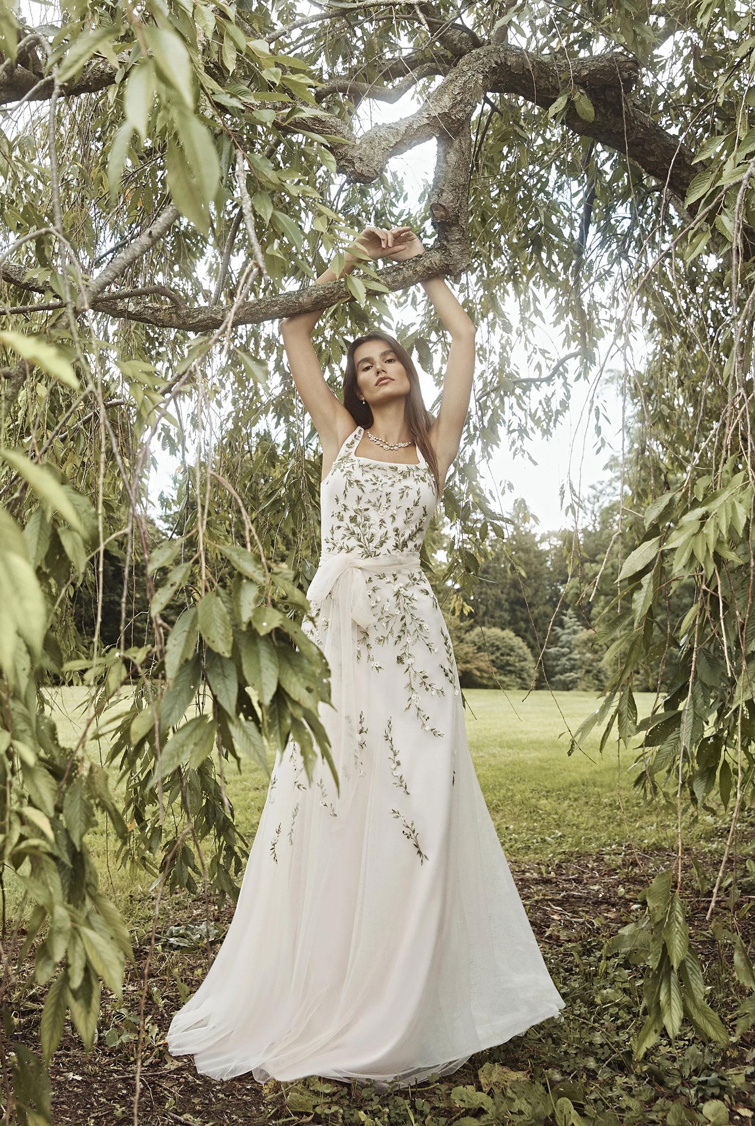 Коллекция модной одежды Marchesa, сезон весна-лето 2020 / фото 11