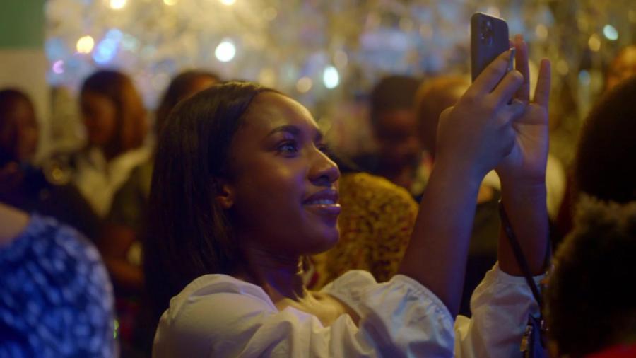 Yvonne Orji Momma I Made It 2020 1080p AMZN WEBRip DDP5 1 x264-JETIX