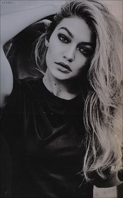Gigi Hadid F4wLuWiM_o