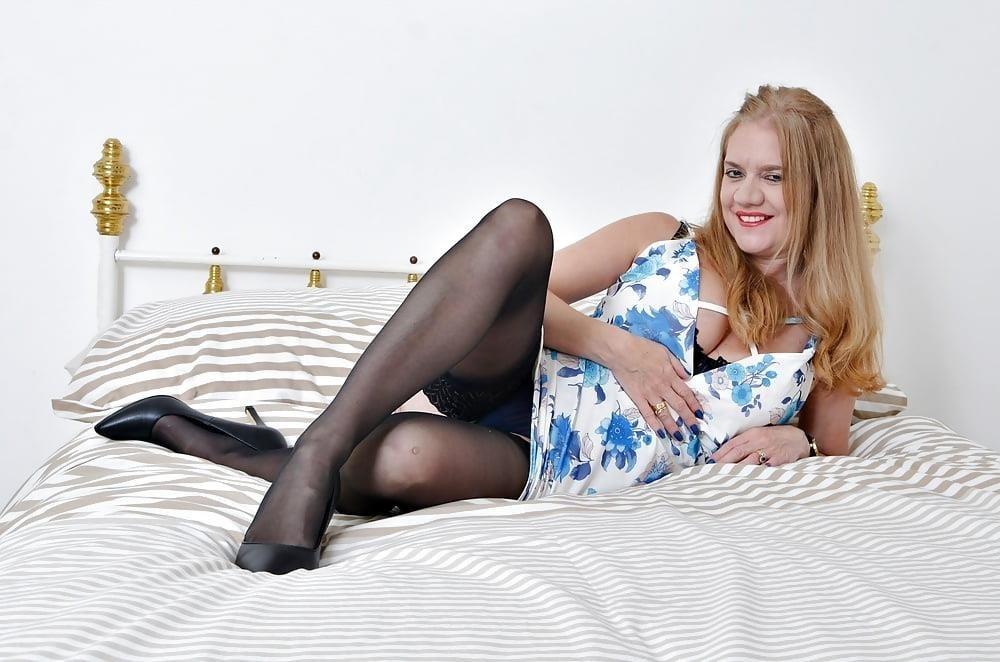 Milf big tits stocking-8341