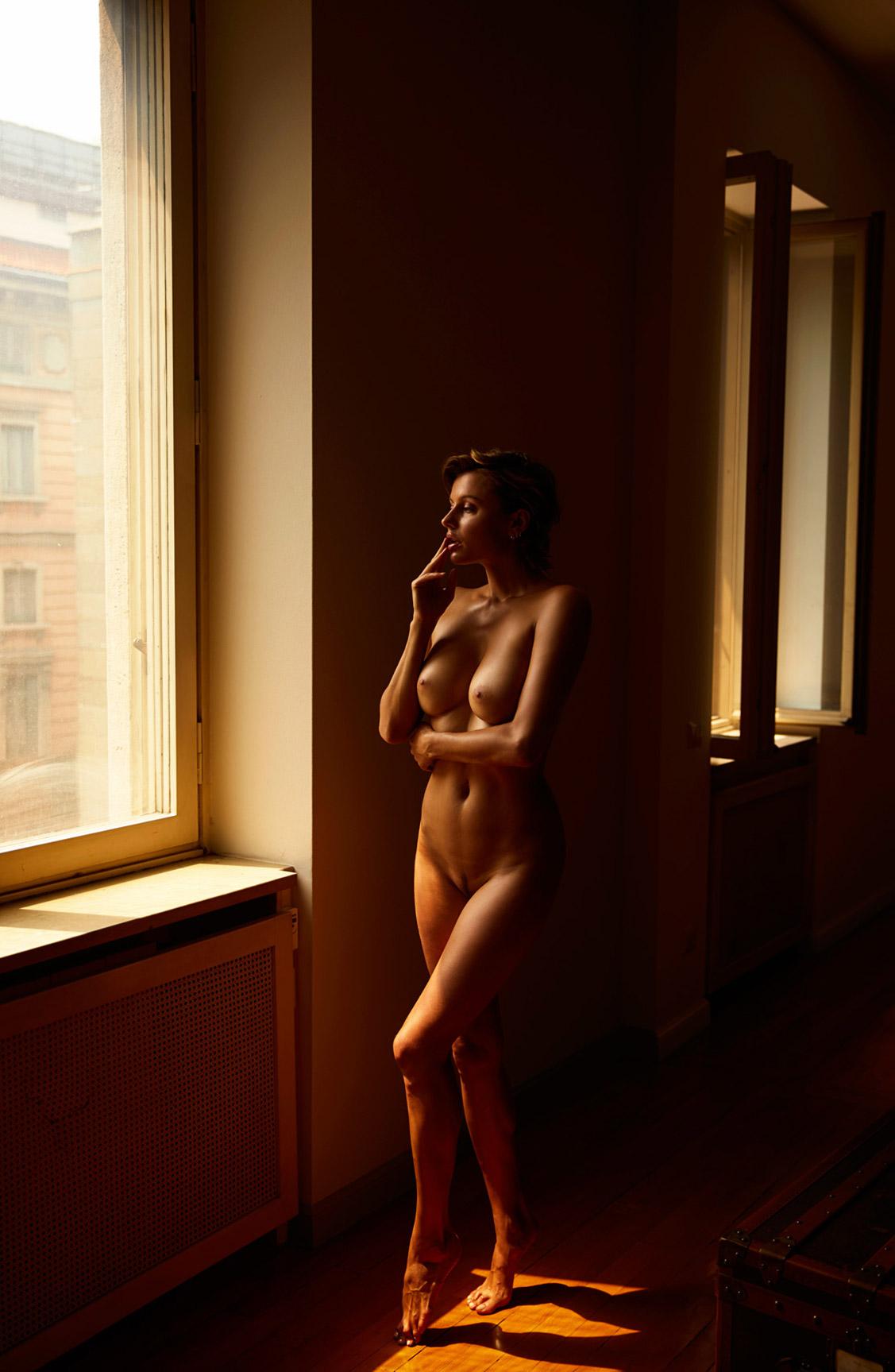 голая Ольга де Мар после наступления темноты / фото 17
