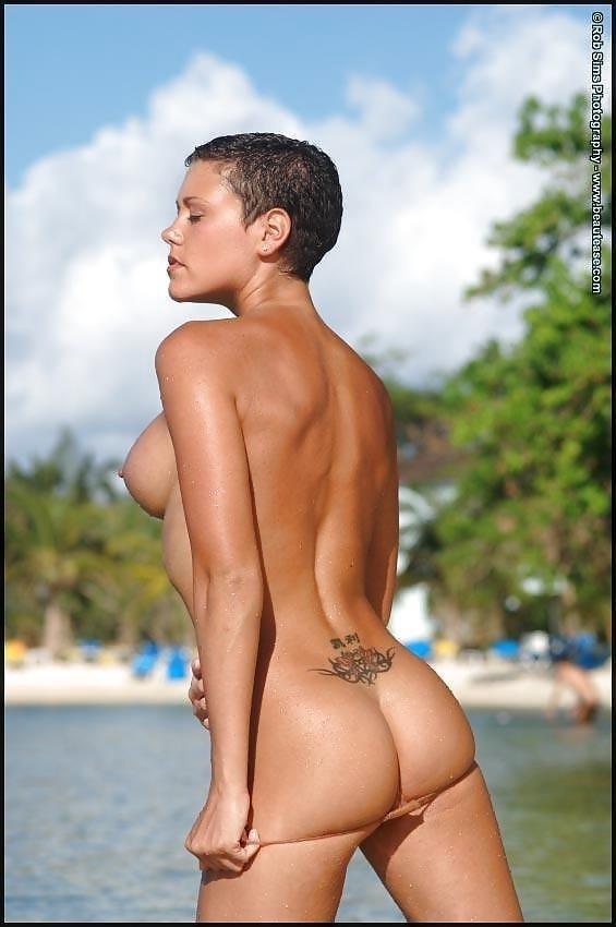Beautiful fit naked women-6576