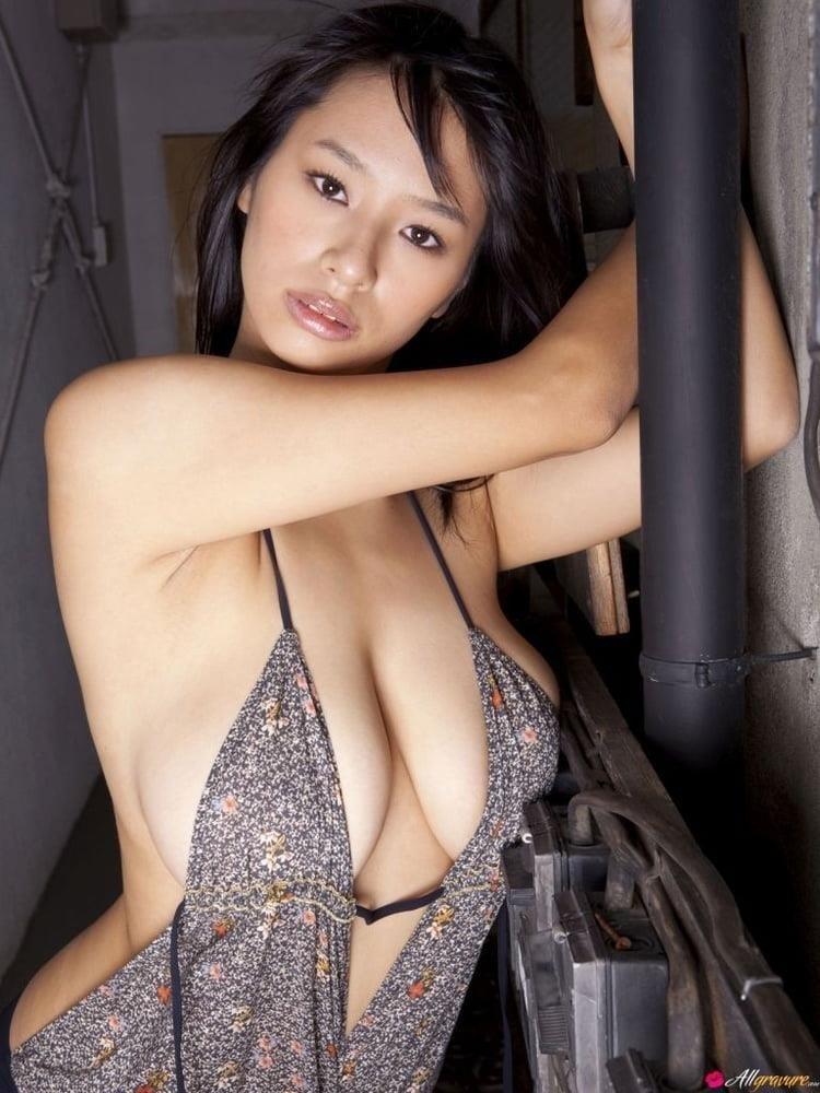 Public tits porn-7709