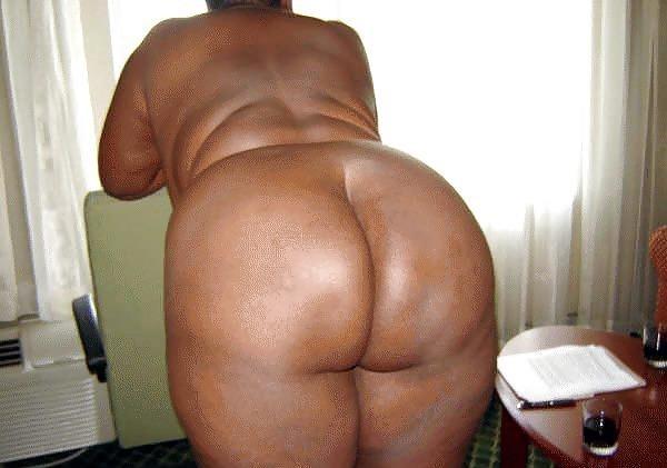 Older black hairy women-7041