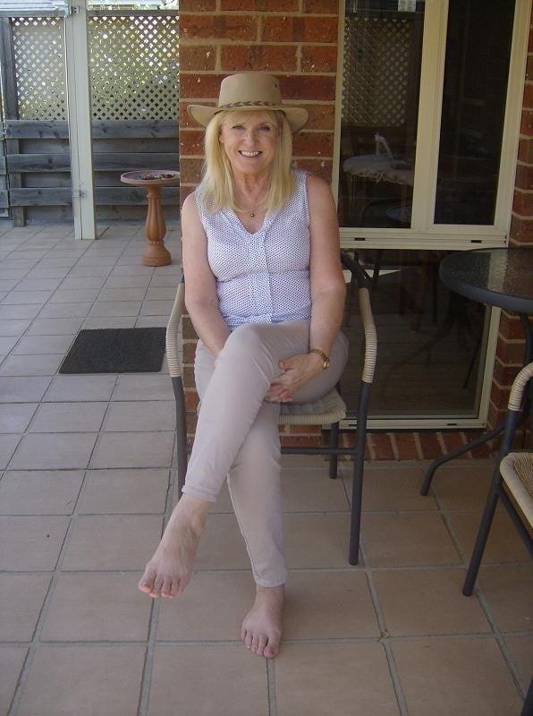 Amatuer mature wife pics-1124