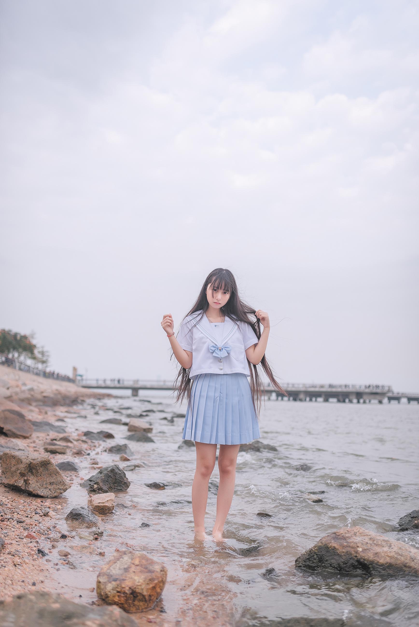 XOsN5Zzz o - 和学妹一起去海边