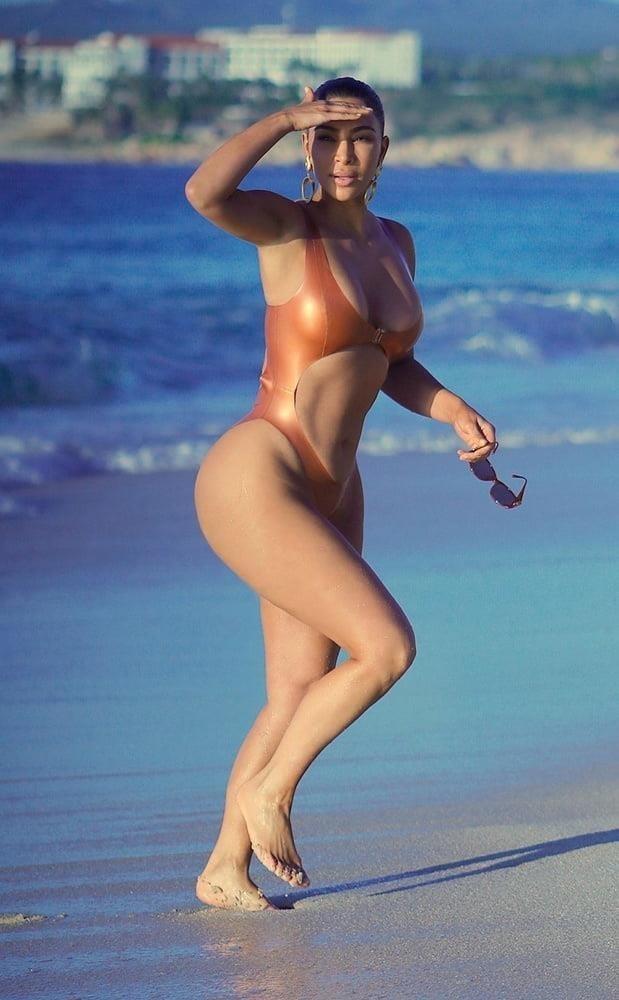 Kim k nude pics-4135