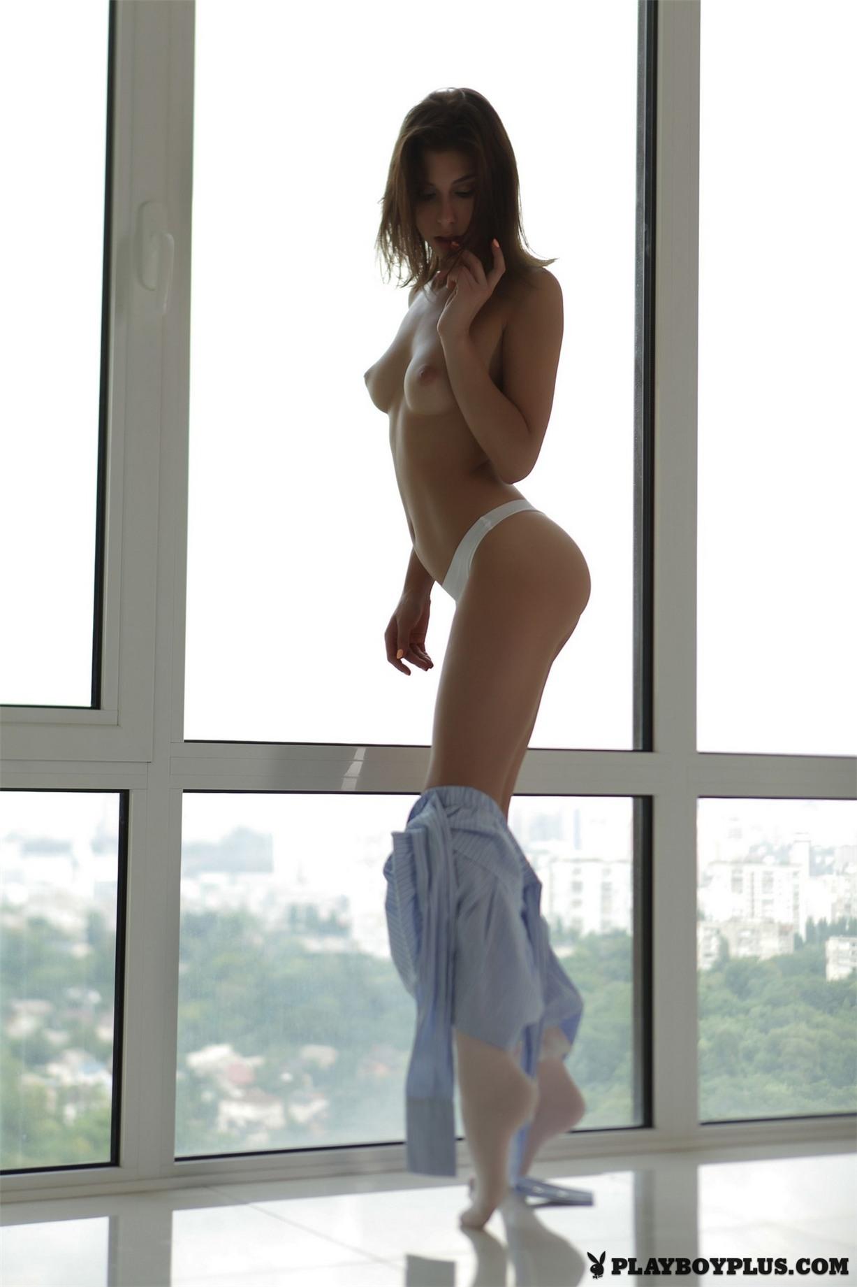 украинская фотомодель Rise nude by Natasha Schon