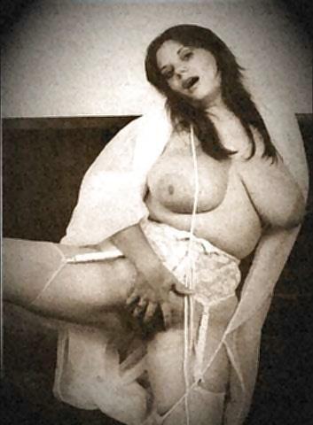 Retro big boobs pics-8669