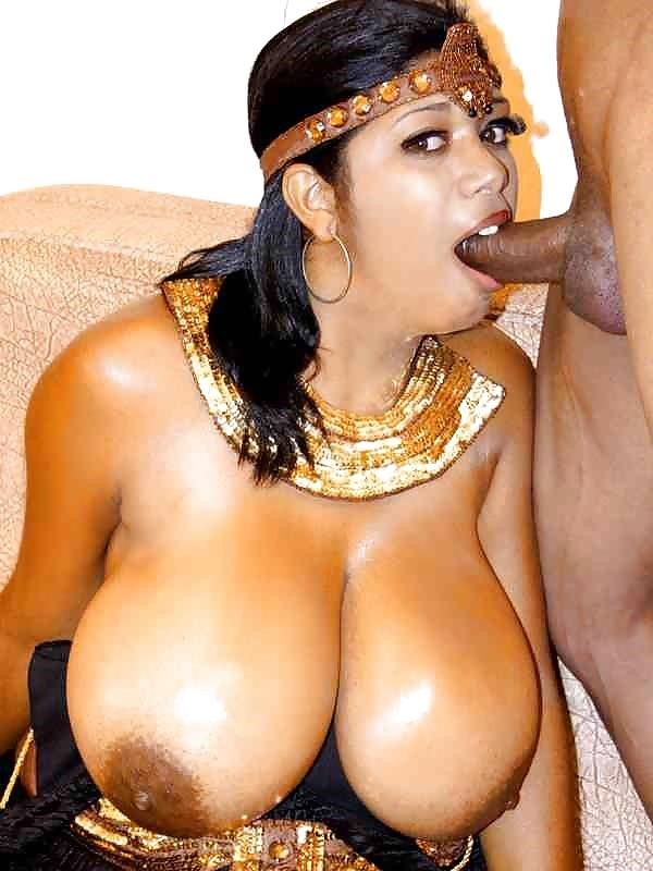 Sexy black girl with huge tits-4841