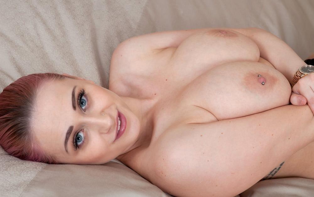 Beautiful big tit pic-9363