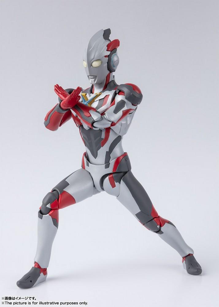 Ultraman (S.H. Figuarts / Bandai) - Page 5 CyU1cr30_o