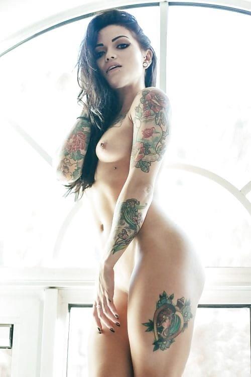 Sexy tattoo girls nude-6148