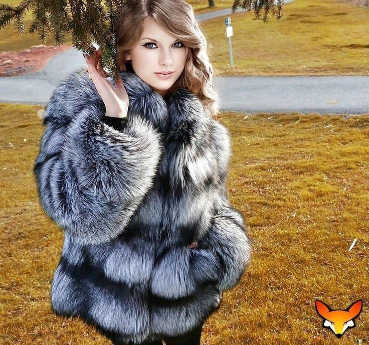 Jean jacket with brown fur-3228