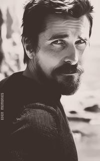 Christian Bale - Page 2 EQ2TnyAG_o