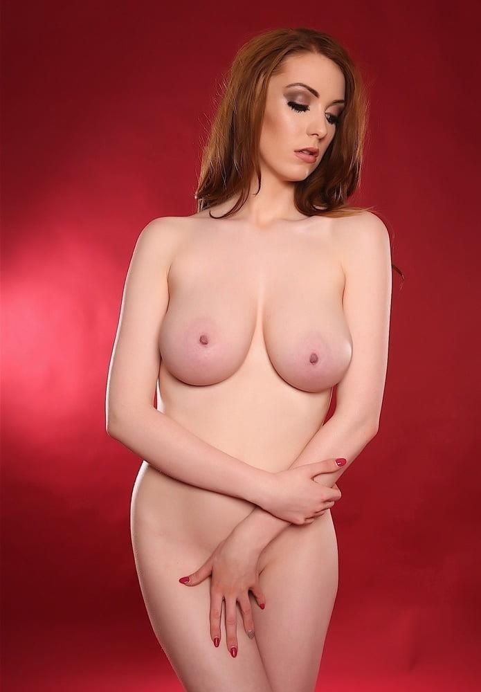 Beautiful big naked boobs-9094