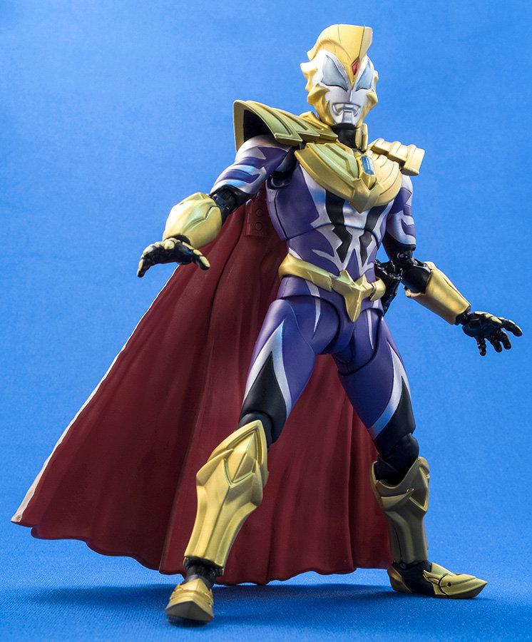 Ultraman (S.H. Figuarts / Bandai) - Page 4 NMNiP941_o