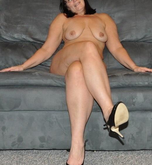 Amateur matures nude pics-4915
