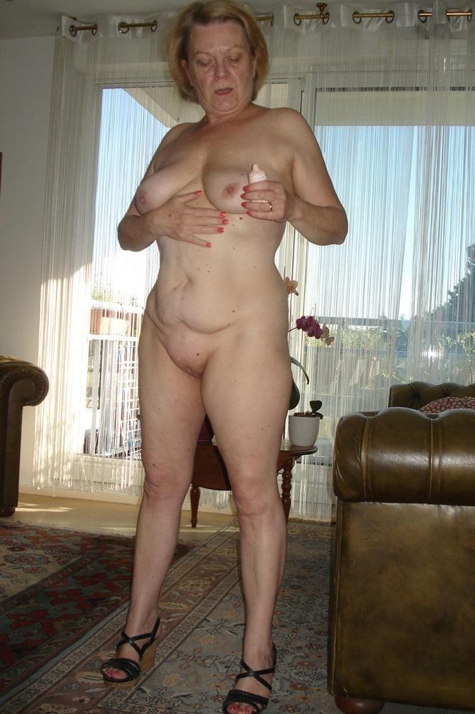 Mature women sex pics-8360