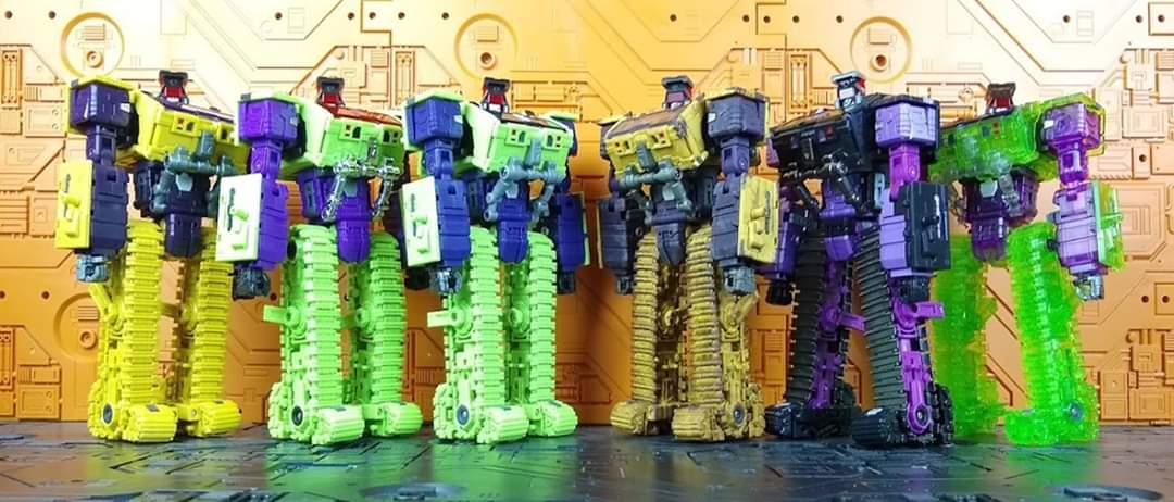 [Toyworld] Produit Tiers - Jouet TW-C Constructor aka Devastator/Dévastateur (Version vert G1 et jaune G2) - Page 11 FoEtJtXq_o