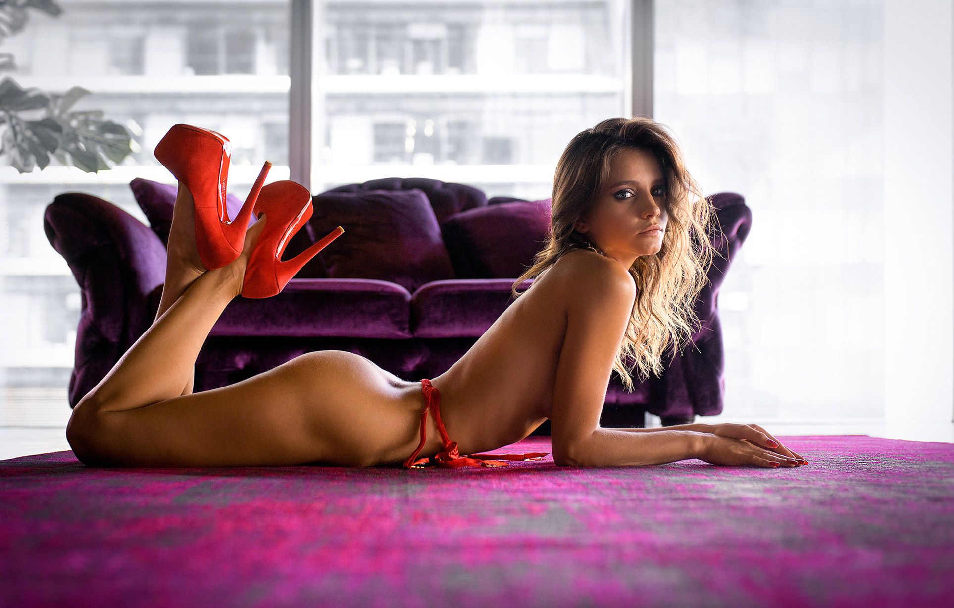 Кристина Макарова разделась по-богатому / Kristina Makarova by Vladimir Nikolaev