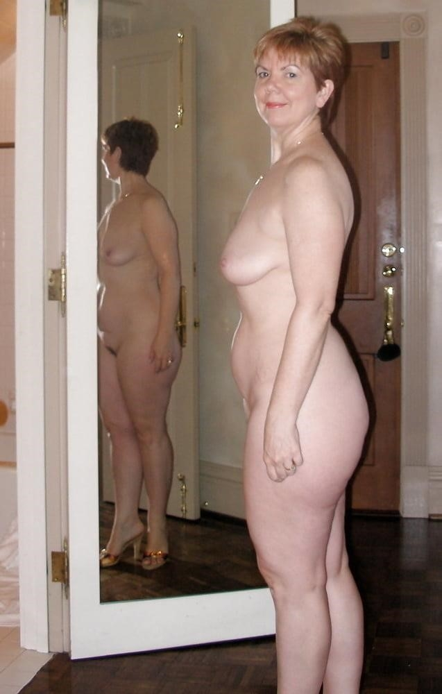 Free pics naked mature women-8168