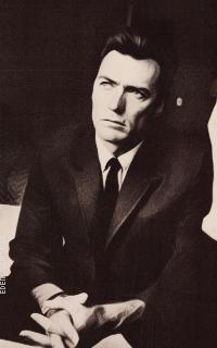 Clint Eastwood OjQY1UH3_o