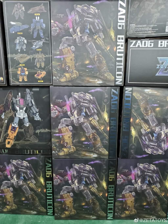 [Zeta Toys] Produit Tiers - Armageddon (ZA-01 à ZA-05) - ZA-06 Bruticon - ZA-07 Bruticon ― aka Bruticus (Studio OX, couleurs G1, métallique) - Page 5 Wplla5S9_o
