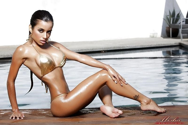 Lupe fuentes feet-5332
