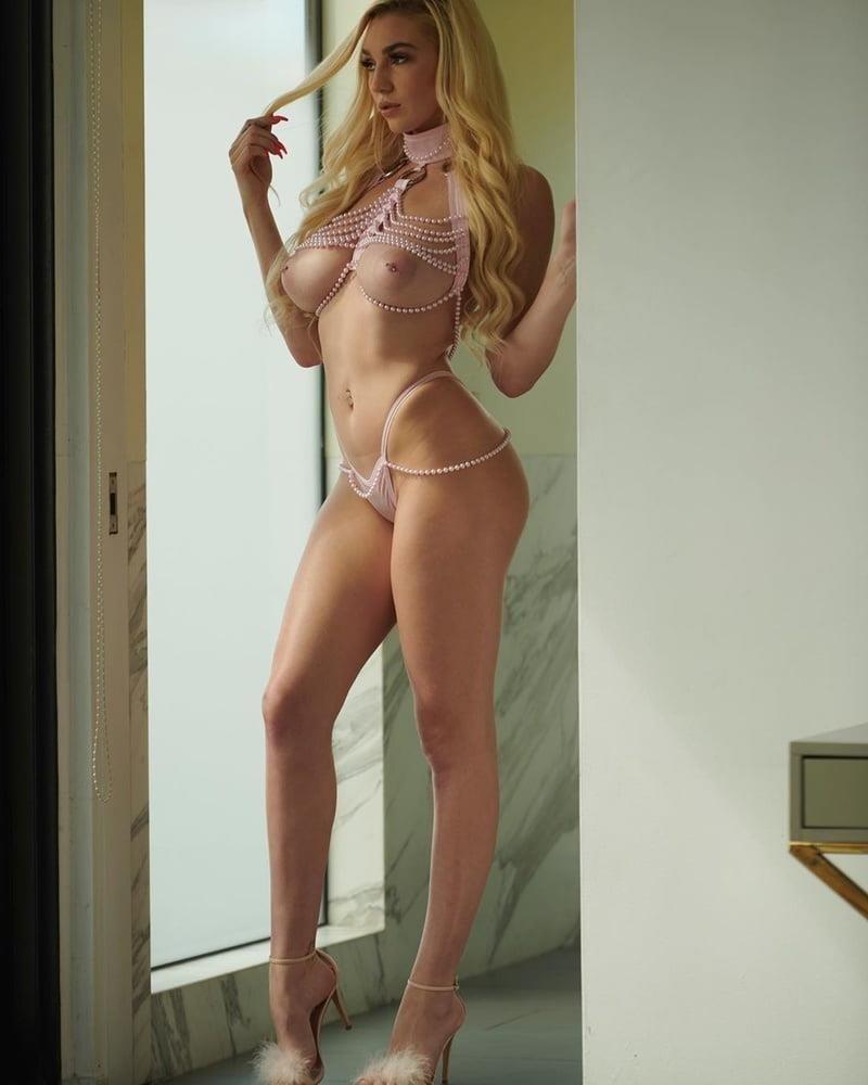 Kendra sunderland selfie nude-1421