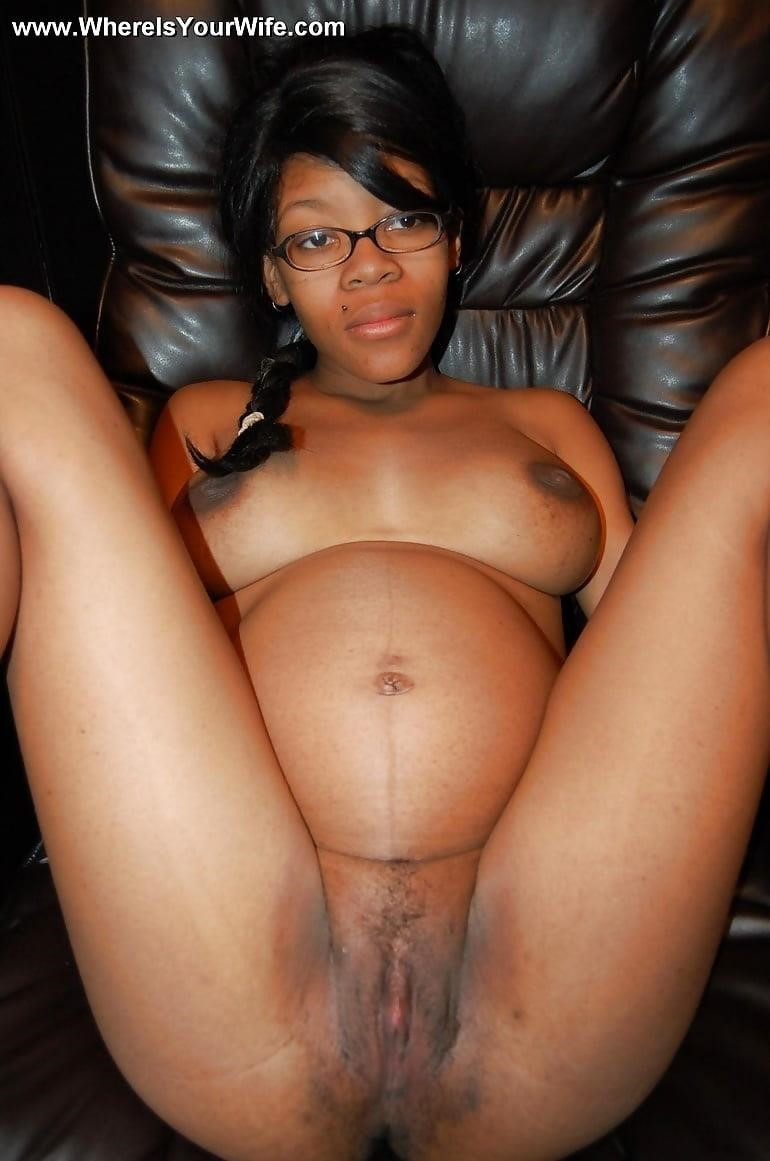 Naked pregnant black girls-2569