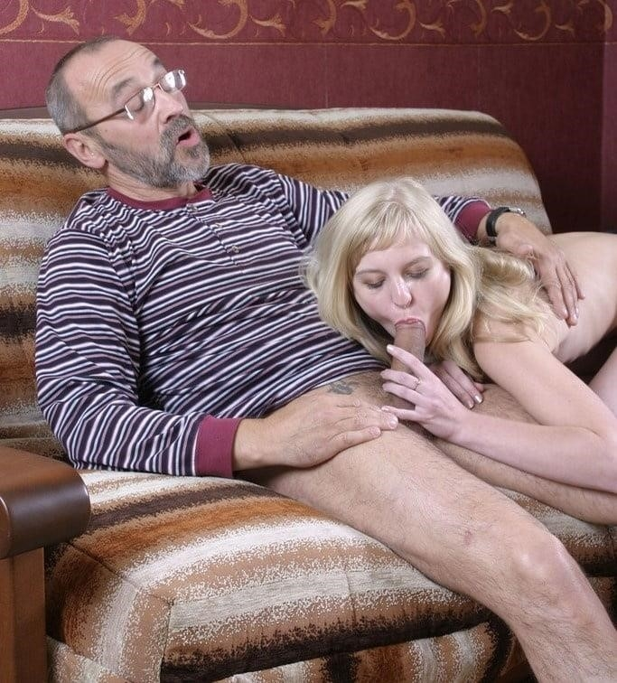 Young blowjob pic-5264