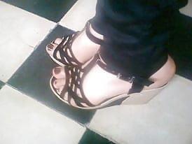 Nylon feet arab-1411