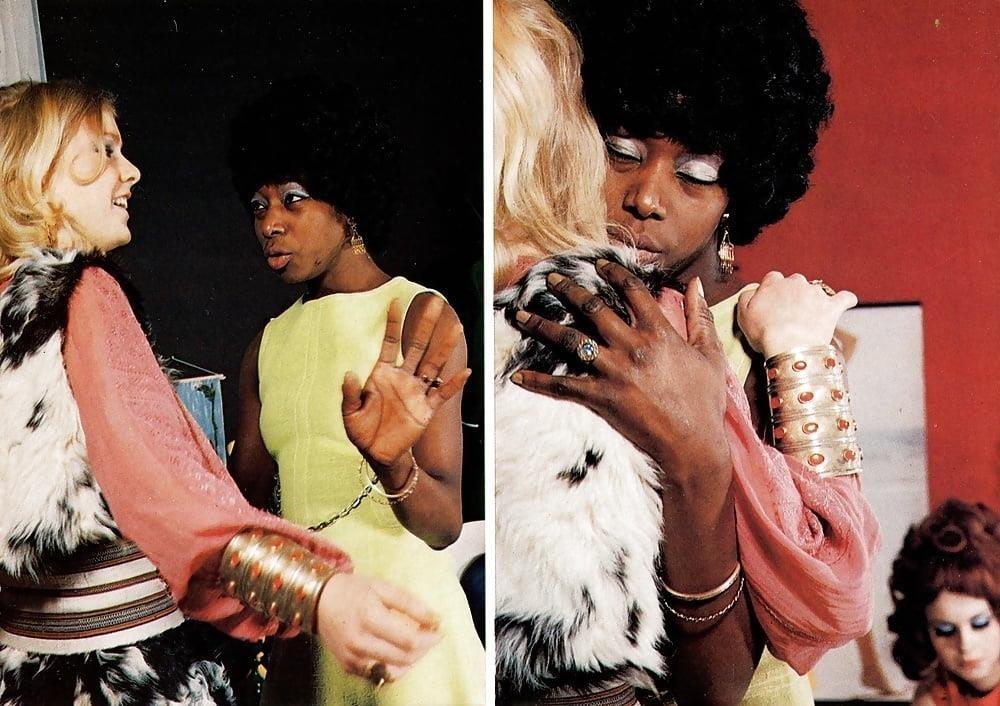 Black lesbian masterbating-2332