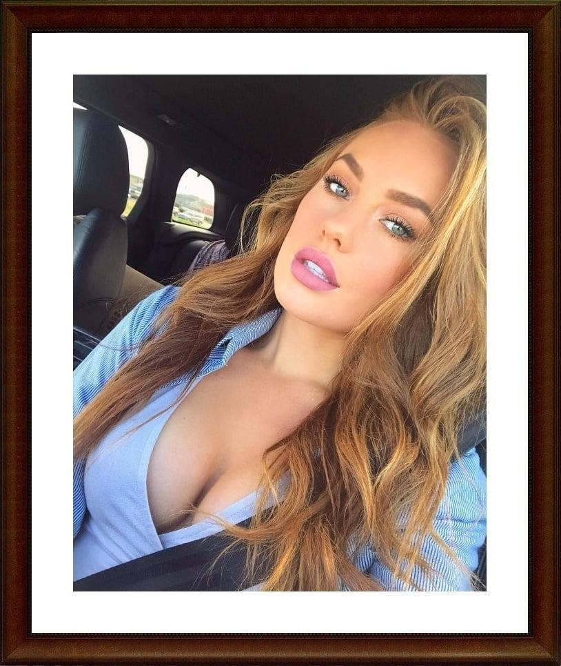 Girls taking selfies nude-2844