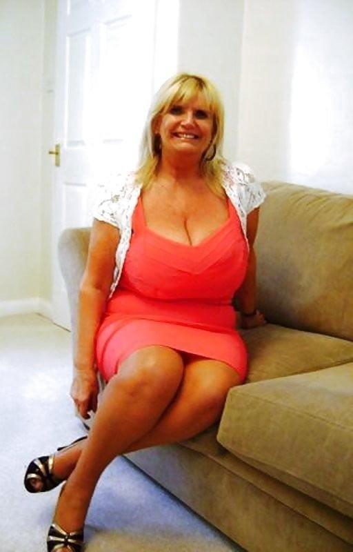 Busty granny porn pics-7652