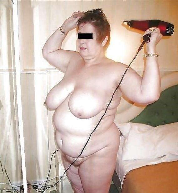 Chubby naked granny-7803