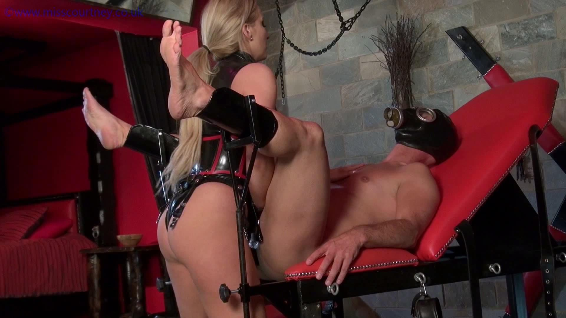Black dominatrix strapon torture and anal punishment sadistic photo