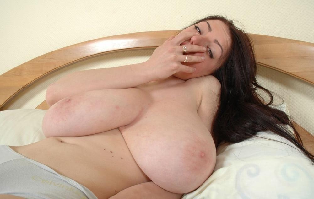 Slim girl huge tits-3320