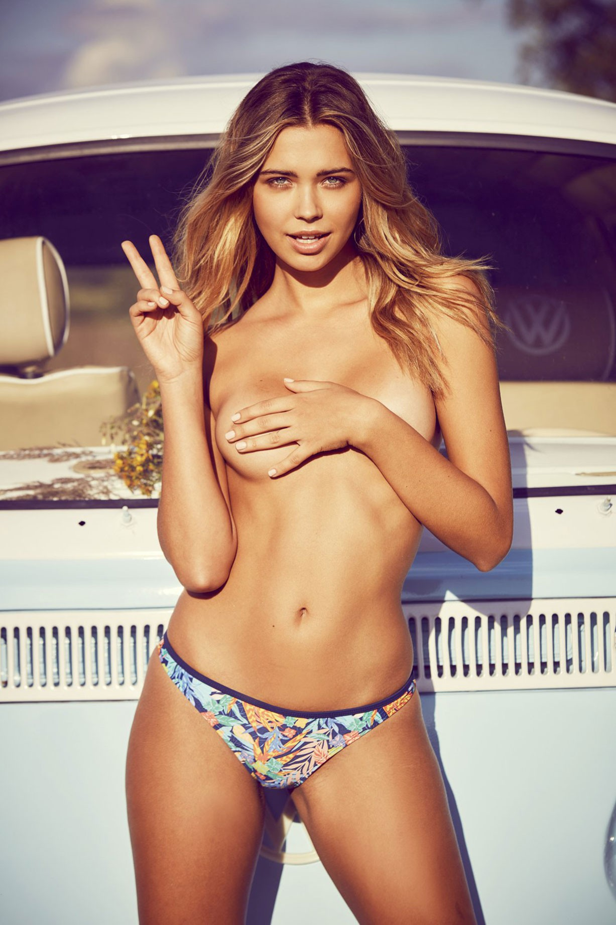 Sandra Kubicka nude in Playboy Poland september 2017 / photo by Robby Cyron