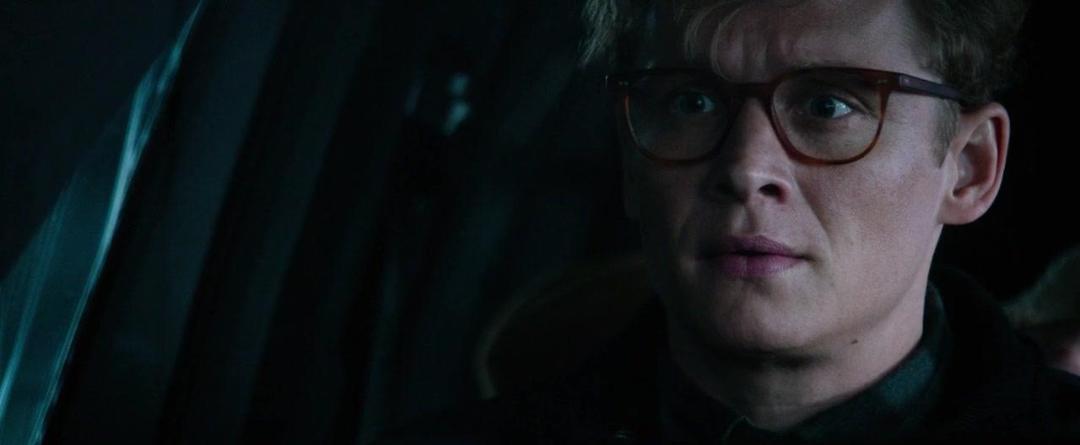 Hot Dog (2018) UNCUT 720p BluRay x264 ESubs [Dual Audio][Hindi+German] -=!Dr STAR!=-