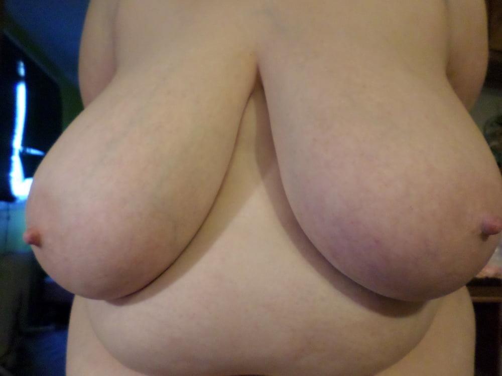 Big natural boobs big nipples-2115