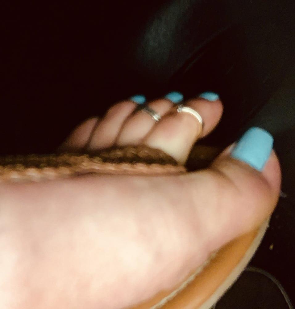 Polish feet slave-2081